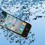 Suya düşen cep telefon nasıl kurtarılır? Islanan telefonu kurutma