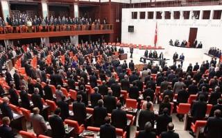 Cumhurbaşkanı adayı olmak için kaç milletvekili aday gösterir?